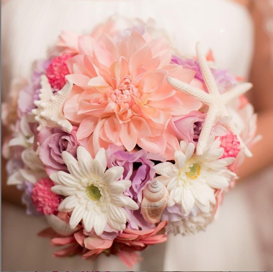沖縄本島での結婚式二次会、1.5次会の司会・幹事代行承ります